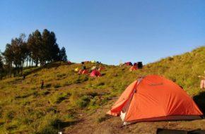 Camping at Sembalun campsite